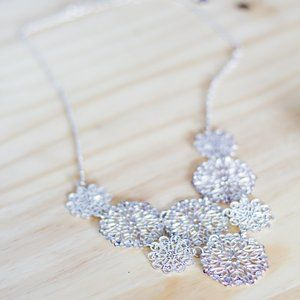 Claires | Silver floral necklace